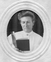 Caroline Gouyd Glasser Fischer, circa 1919.