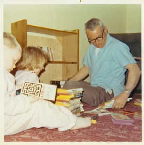Dad love to read. Karen and I used to love helping him with his books (1969).